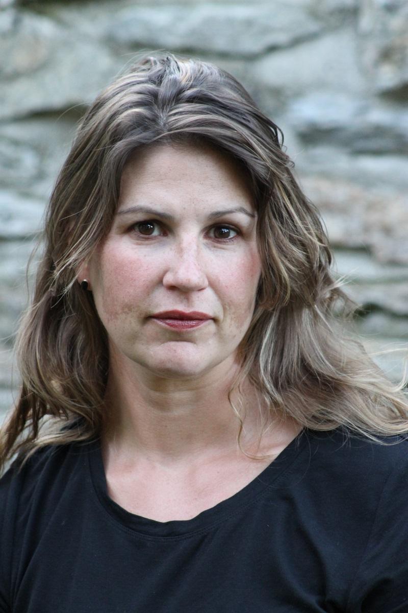 Carrie Miller - Writer